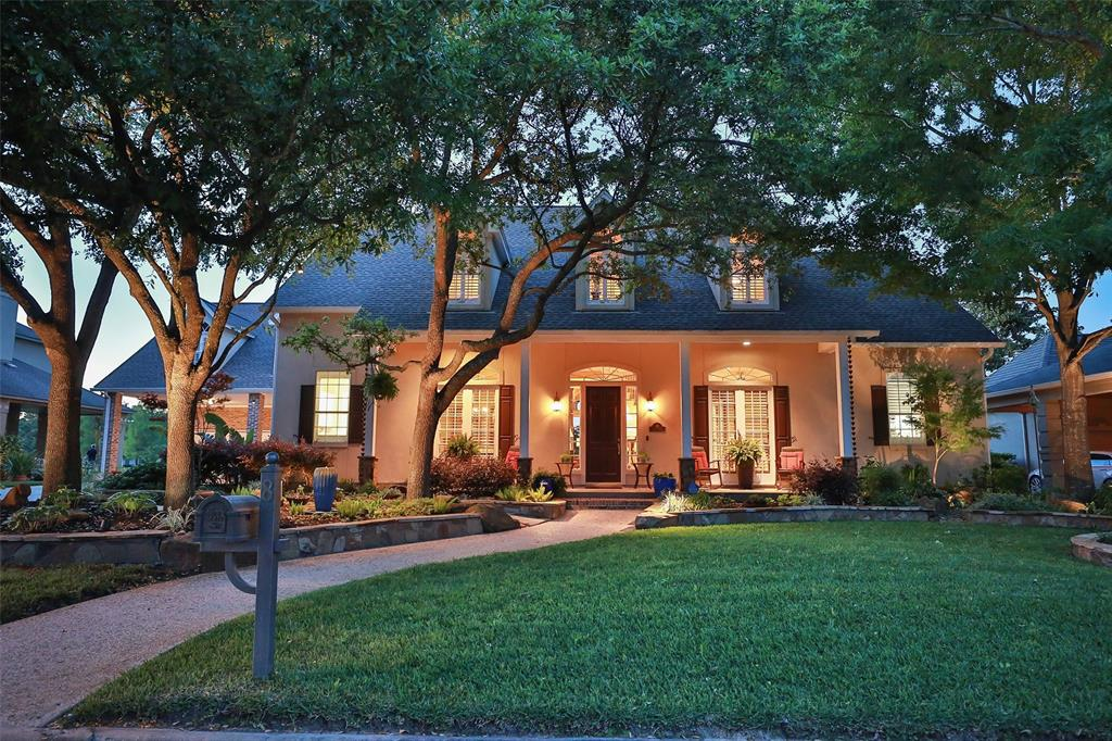 8 Lakeview Place, Houston, TX 77070