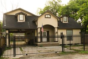 4106 europa street, houston, TX 77022