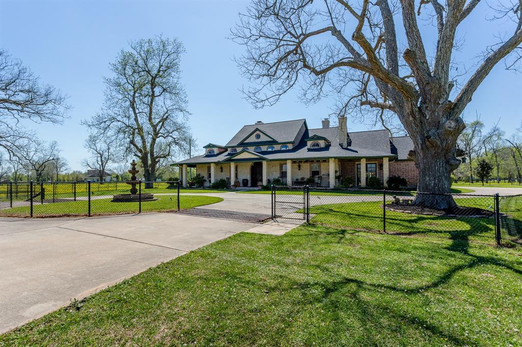 6935 Bois D Arc Lane, Fulshear, TX 77406