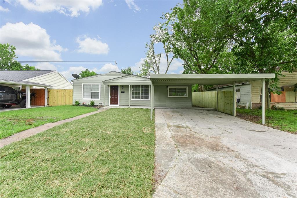 2606 Windsor Lane, Pasadena, TX 77506