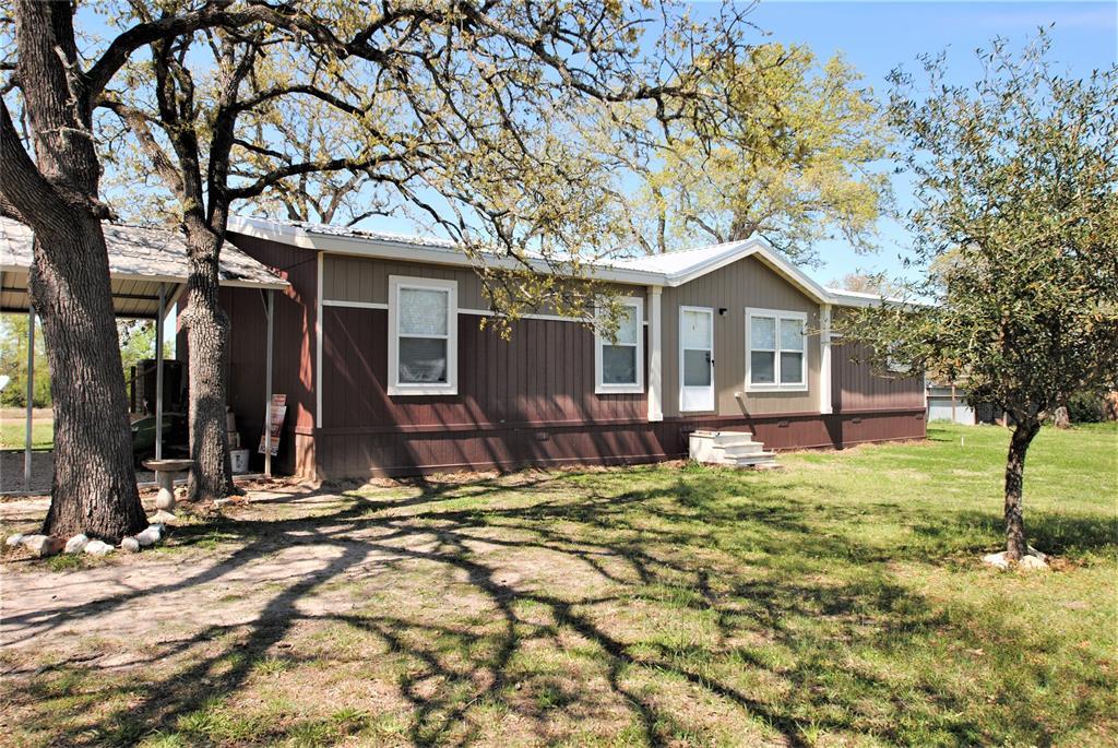 207 N Yaupon Drive, Somerville, TX 77879