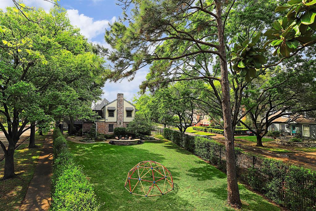 2010 Goldsmith Street, Houston, TX 77030