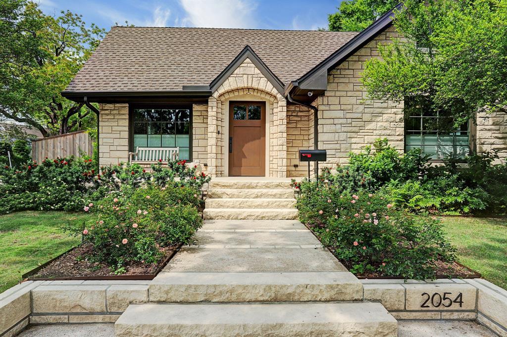 2054 Goldsmith Street, Houston, TX 77030