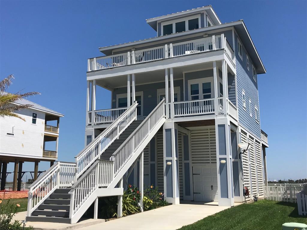 62 Grand Beach Boulevard, Galveston, TX 77550