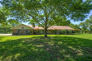 1418 County Road 138, Giddings, TX 78942
