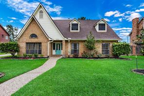 1204 White Wing Circle, Friendswood, TX 77546