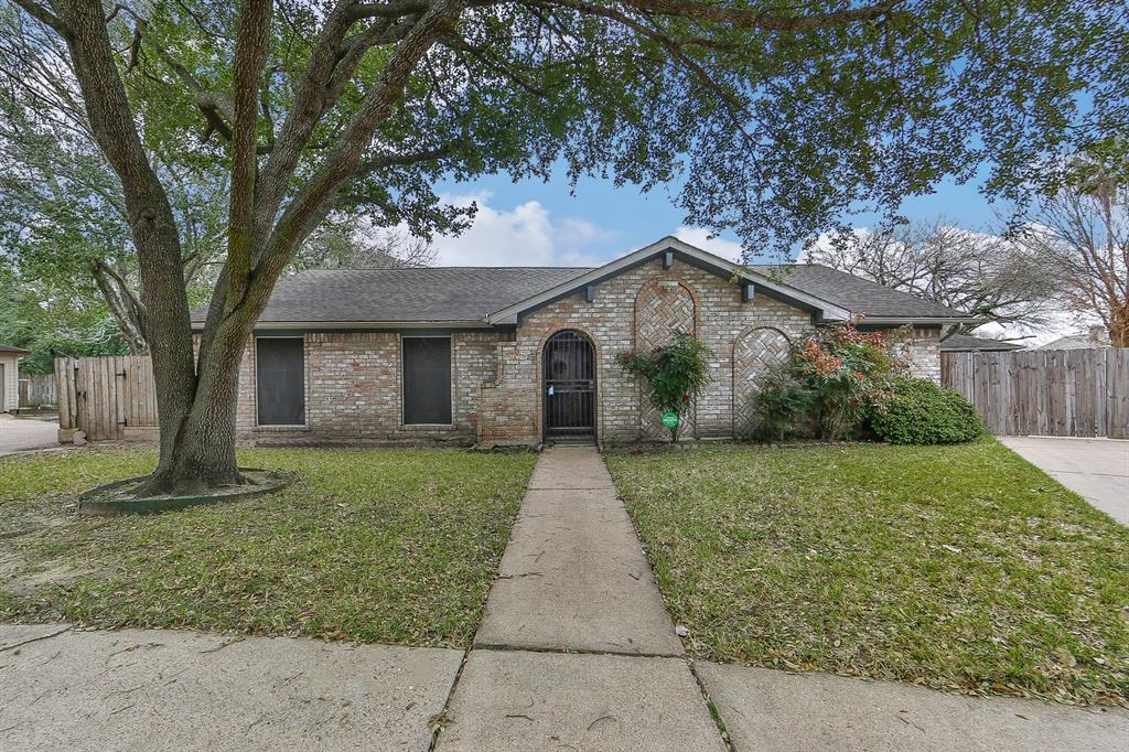 9103 Longstaff Drive, Houston, TX 77031