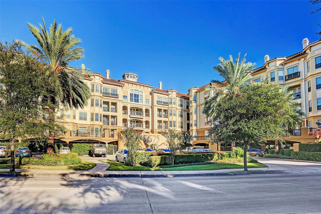 Have a look inside this bright and spacious, south facing condo. Offering two beds and two full baths along with granite countertops,stainless steel appliances and washer and dryer. This condo offers two parking spots, one of those reserved close to elevator. Walkability to restaurants, shops, Brays Bayou Bike Trail and Texas Medical Center. All info per seller