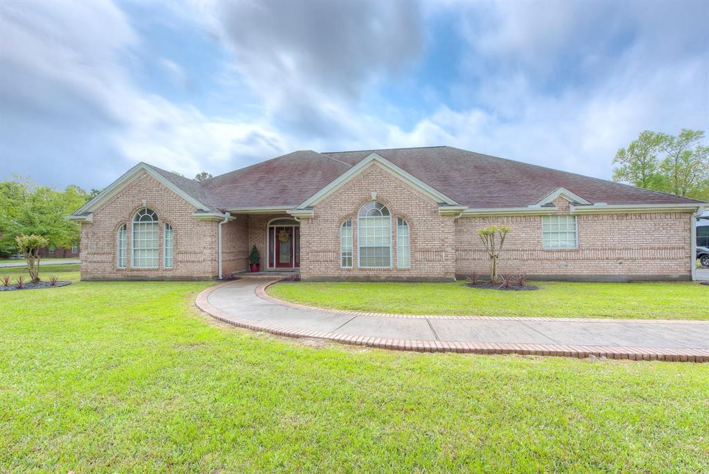 8355 E Bridgefield Drive, Orange, TX 77630