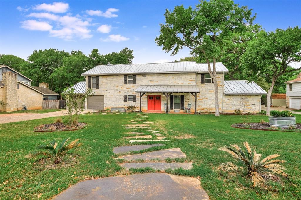 1827 Crystal Springs Road, New Braunfels, TX 78130