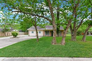 18610 Anne Drive, Webster, TX 77058