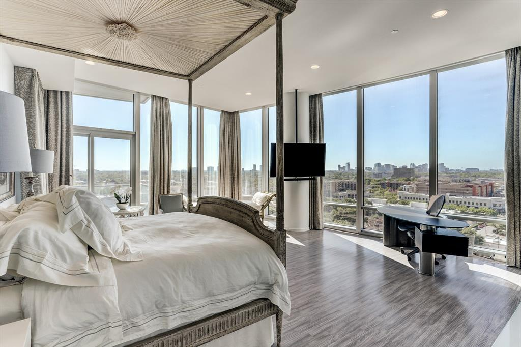 11K is a contemporary beauty in one of Houston's premier high rises. Over 6,000 square feet (including balconies) of ultimate living with such amenities as a 3,500 bottle wine cellar, 4 premium parking spaces and spectacular views from the east, south and north. Enjoy views of the downtown core and the medical center. Gorgeous finishes including Calcutta gold marble counter tops, lime stone floors and Snaidero cabinetry. Two large balconies allow for more entertaining as well as open concept living space. Several restaurants and groceries stores are within walking distance. Semi-private elevator allows direct entry into the unit along with his and her walk in closets to top out this spectacular living space.