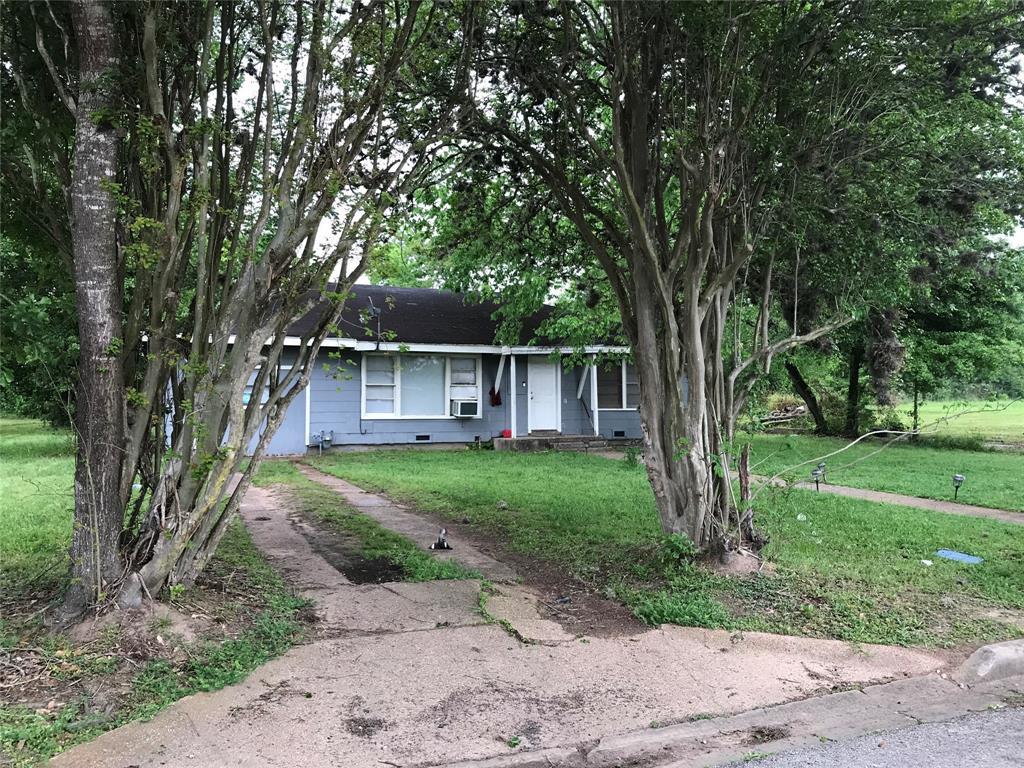 109 Clark Street, Prairie View, TX 77446