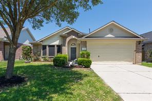 32102 Decker Oaks Drive, Pinehurst, TX 77362