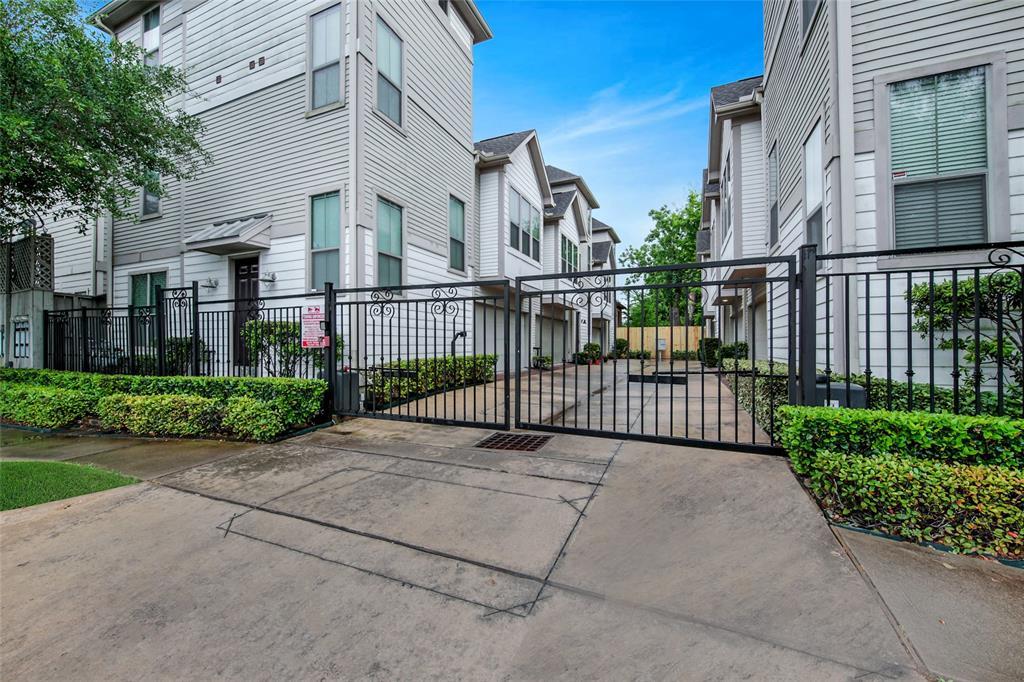 2322 Naomi Street, Houston, TX 77054