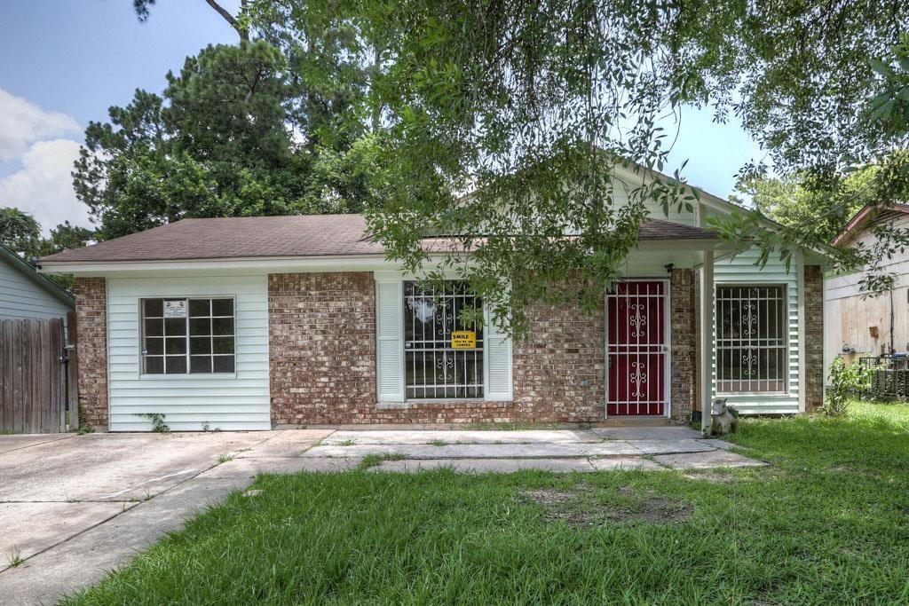 9219 Sterlingshire Street, Houston, TX 77078