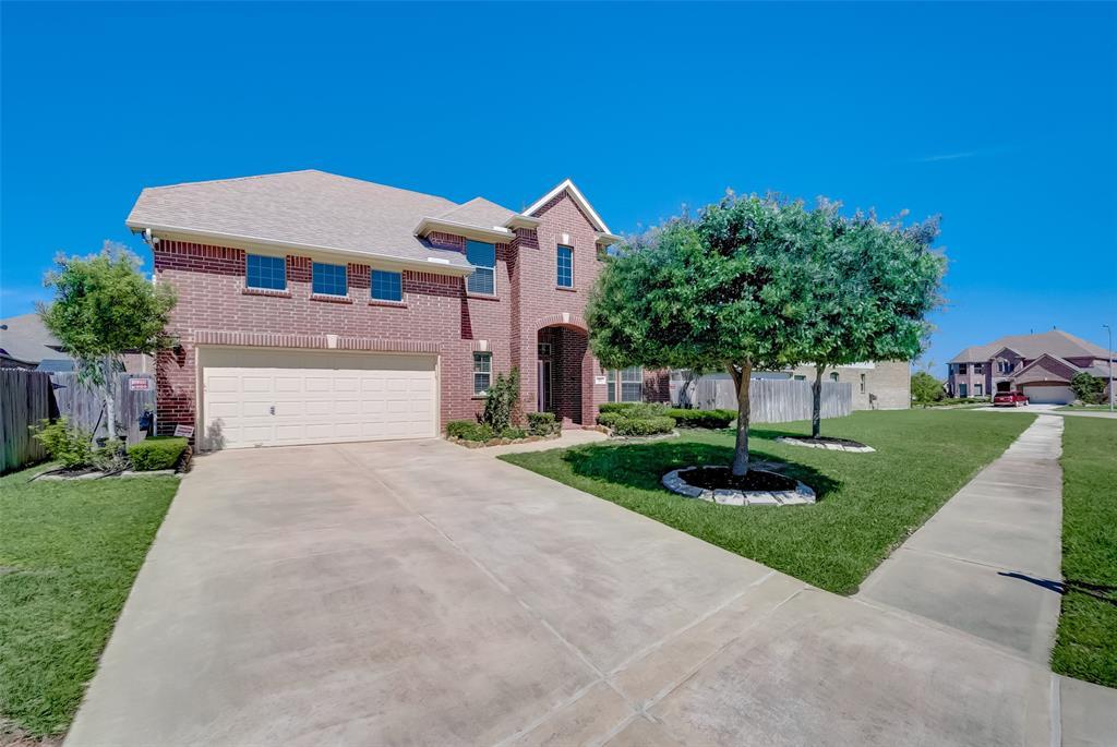 511 Whitney Oaks Lane, Stafford, TX 77477