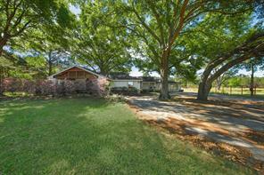 25518 Decker Prairie Rosehl Road, Magnolia, TX 77355