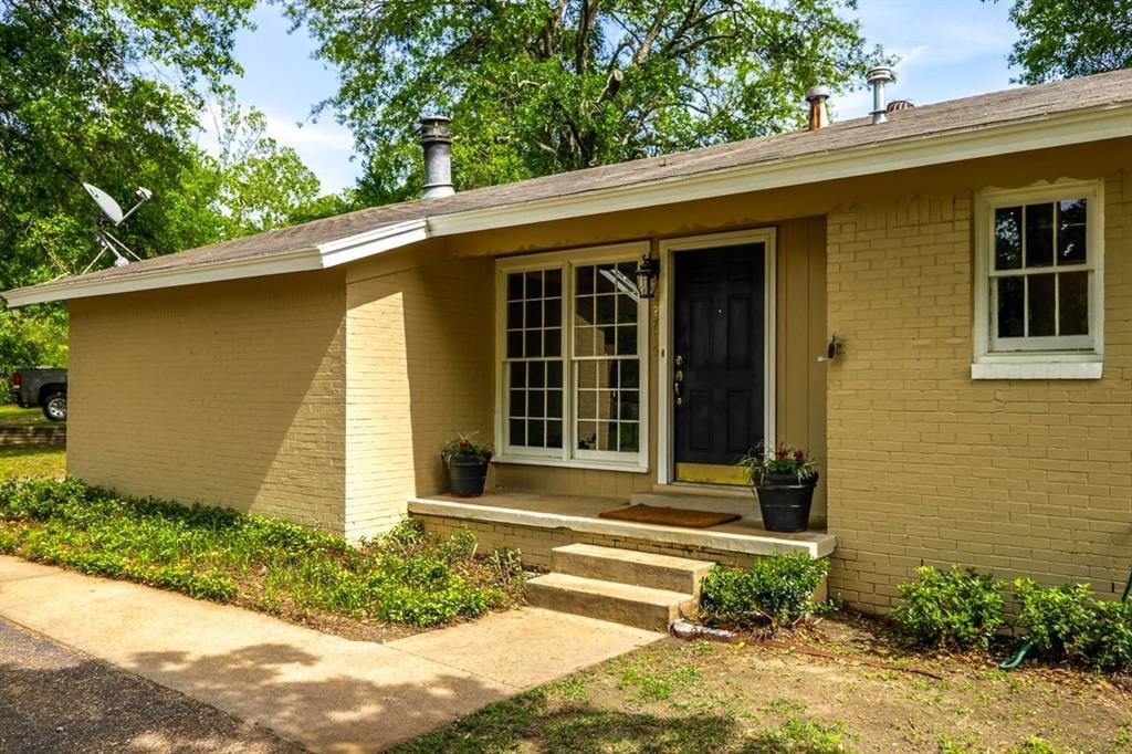 2715 Anita Lane, Tyler, TX 75701