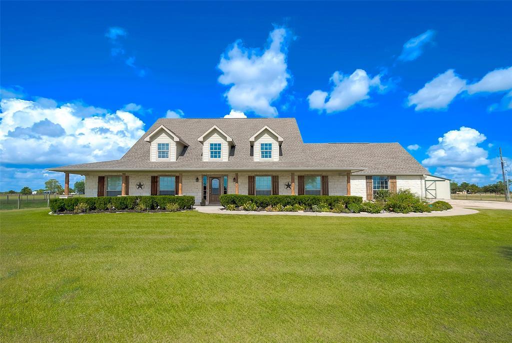6675 County Road 225, East Bernard, TX 77435