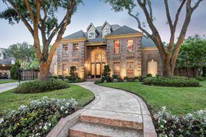39 Du Pont Circle, Sugar Land, TX 77479