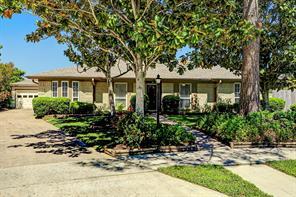 1740 Florida, Seabrook TX 77586