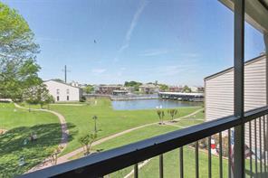 205 Lakeview, Conroe TX 77356