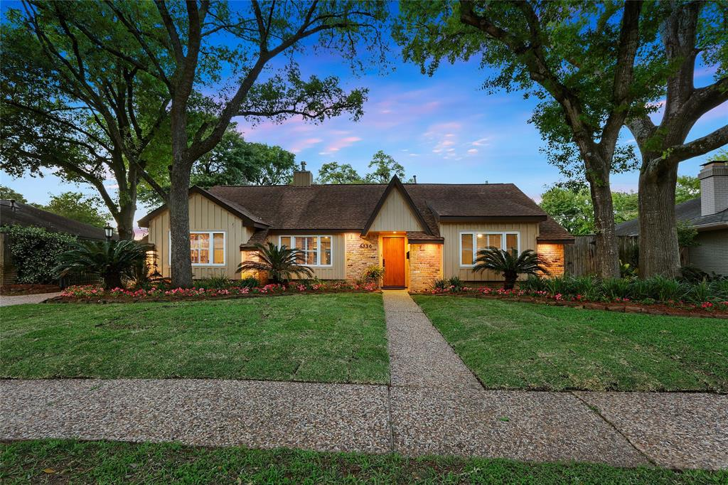 5330 Saxon Drive, Houston, TX 77092