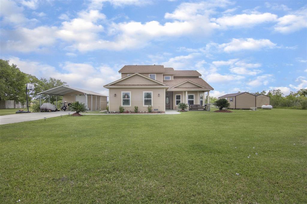 5521 Prairie Rose Street, Danbury, TX 77534