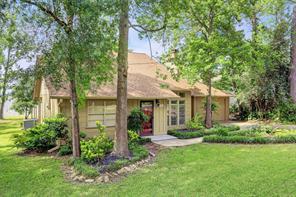 306 Lakefront Drive, Onalaska, TX 77360
