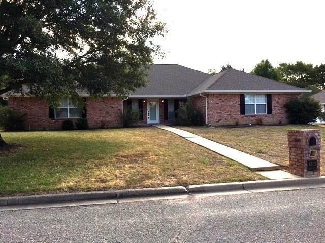 1303 Glenn Alan Drive, Groesbeck, TX 76642