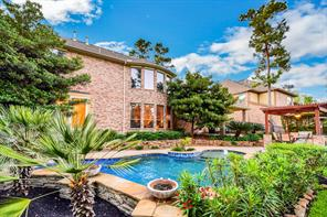 7 Clare Point Drive, The Woodlands, TX 77354