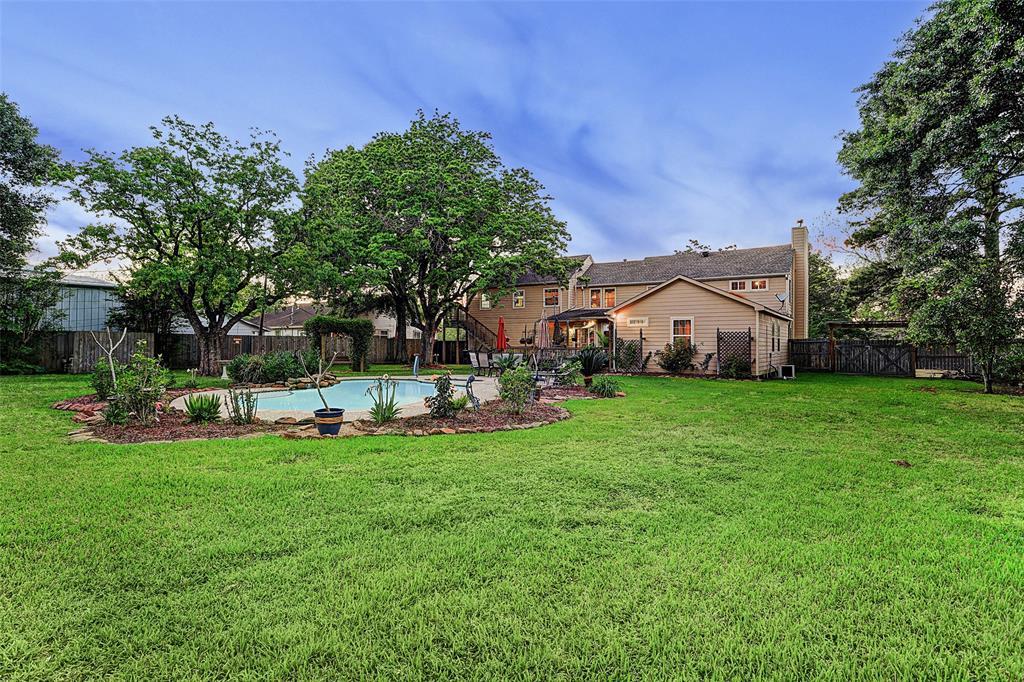 6940 Ashburn Street, Houston, TX 77061