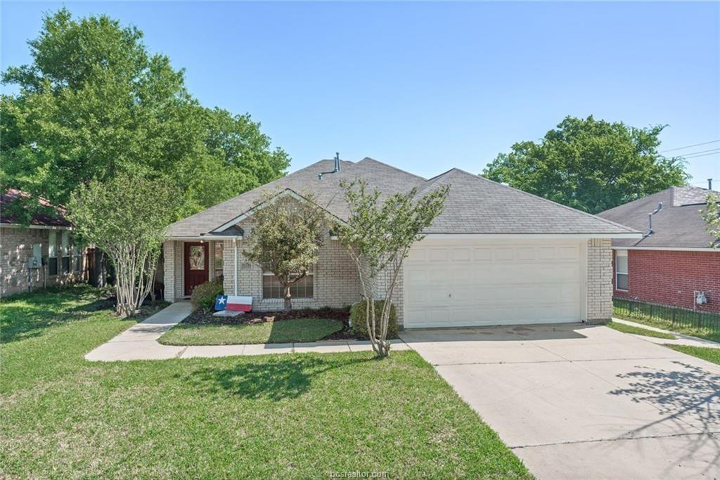 2021 Kimmy Drive, Bryan, TX 77807