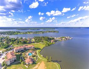 Playa Vista is the waterfront condominium complex with the most amenities on Lake Conroe.