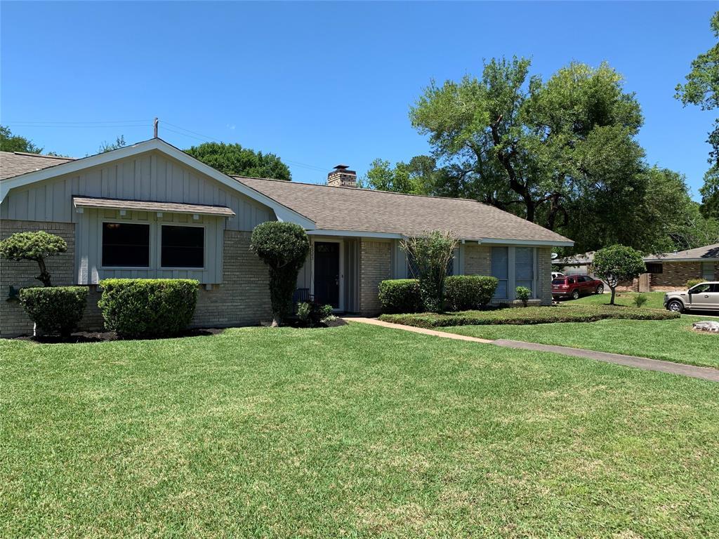 5523 Whispering Creek Way, Houston, TX 77017