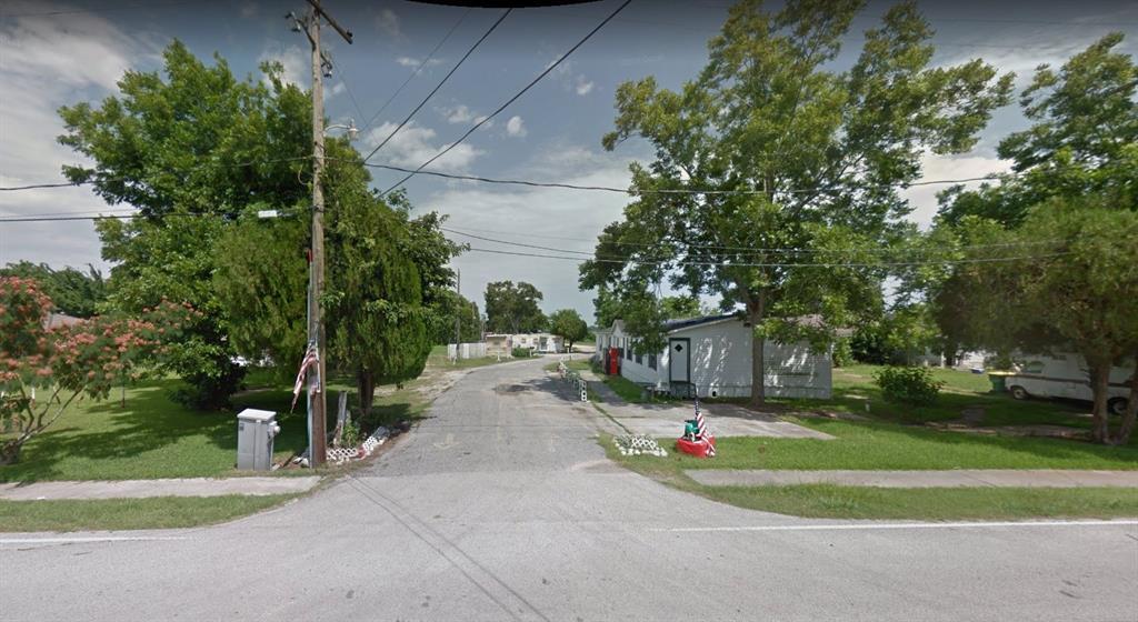 410 Laredo Street, Baytown, TX 77520