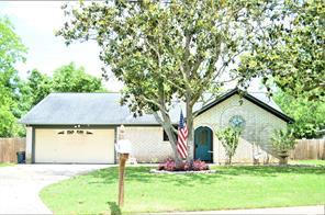 108 southern oaks drive, lake jackson, TX 77566