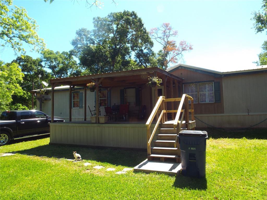306 County Road 180, Van Vleck, TX 77482