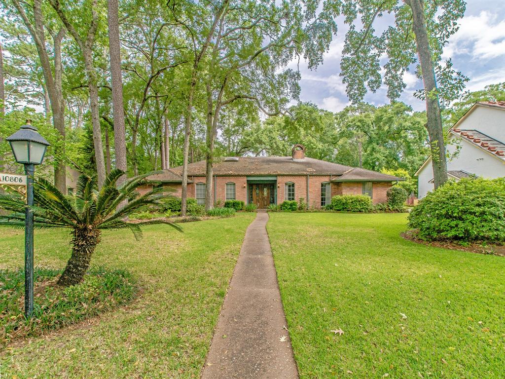 10806 Hunters Forest Drive, Houston, TX 77024