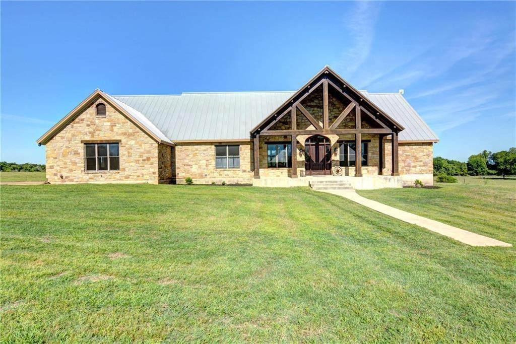 172 Hall Road, Smithville, TX 78957
