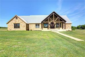 172 hall road, smithville, TX 78957