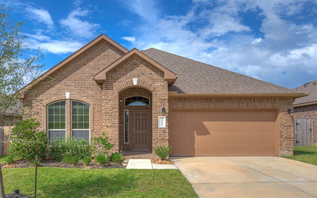 Enjoy the lakeside lifestyle in this beautiful 2015 D.R. Horton home with a partial lake view! 3/2.5 with study, formal dining, tray ceilings, crown molding, stainless kitchen appliances, kitchen skylight, double oven, Butler's pantry, huge granite bar, jacuzzi tub in Master. See attachments for floor plan. Room dimensions are approx, Tenant please confirm room dimensions. Community clubhouse, recreation center, 2 pools, parks, and a boat dock.
