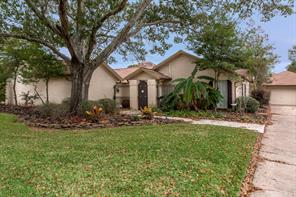 2315 Country Club Drive, Pearland, TX 77581