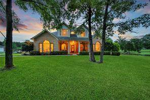 9191 Grand Lake Estates Drive, Montgomery, TX 77316