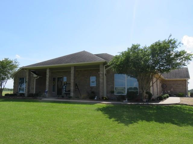 2879 County Road 370, El Campo, TX 77437