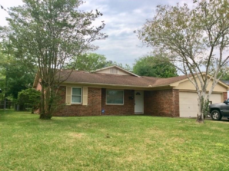 240 Enfield Lane, Beaumont, TX 77707