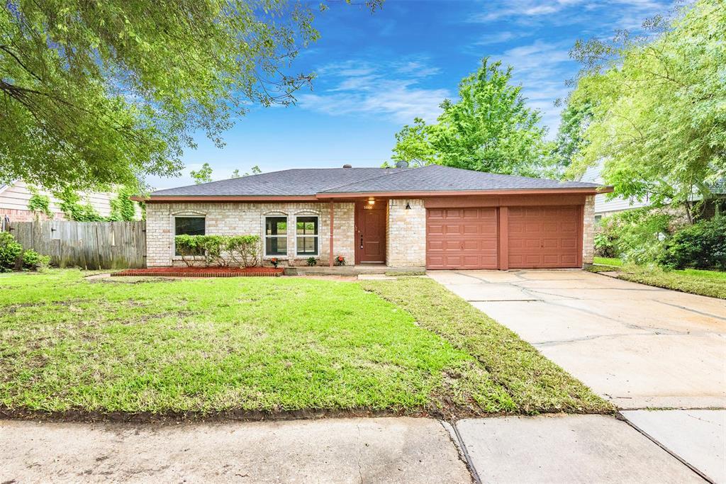 10834 Sagemeadow Lane, Houston, TX 77089