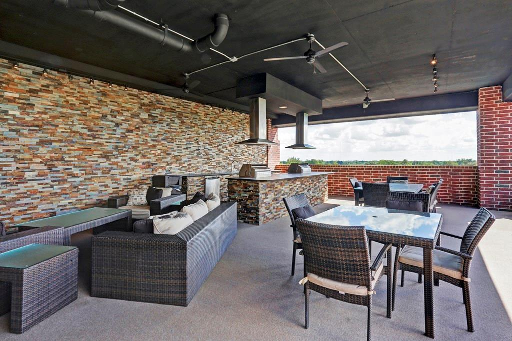 And when you want to entertain al fresco, head to the outdoor kitchen with grills and a sink, and dining/entertaining space on the sixth floor roof deck.