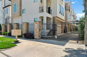 1538 W 23rd Street B, Houston, TX 77008